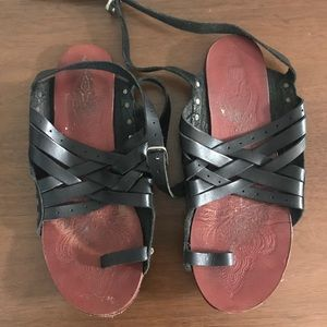 FREE PEOPLE Belize Strappy Sandals Sz 37